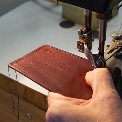 kožená peněženka výroba